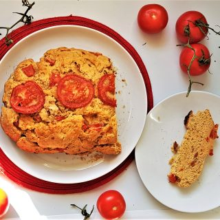 5-Ingredient Yeast-Free Tomato Bread