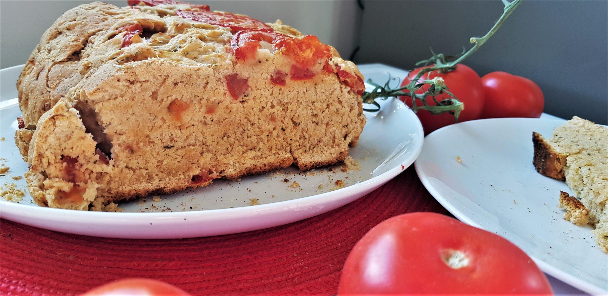 5-ingredient yeast-free tomato bread - fiveforafiver